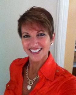 Lisa Naylor, CIC